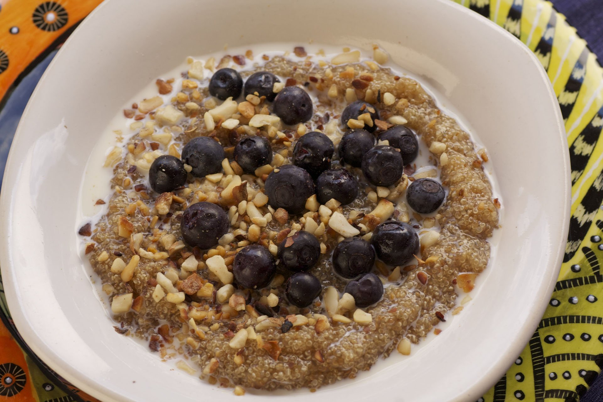 Amaranth breakfast with bananas, marula nuts and maple syrup
