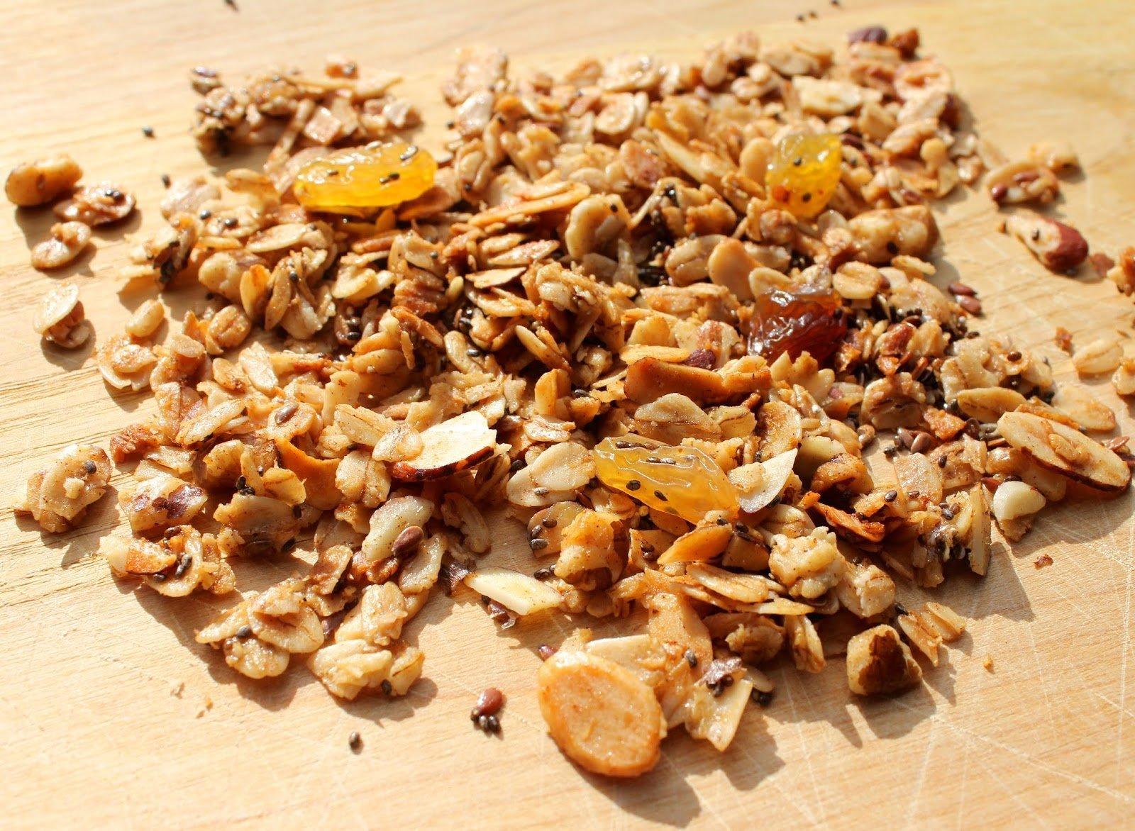 Granola with bush ingredients